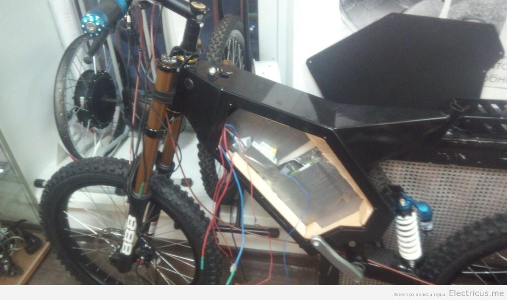 правильный крепеж АКБ элекровелосипеда
